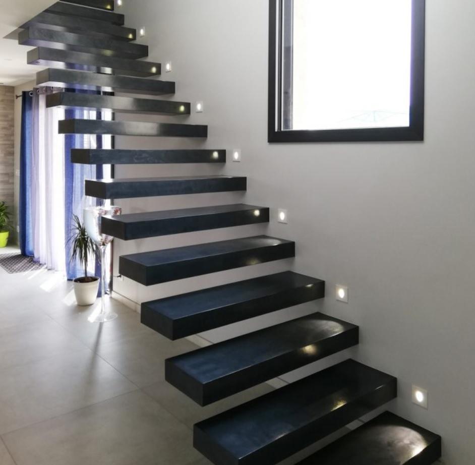 Garde Corps Haut Escalier vente escalier acier sur mesure haute savoie | fabricant
